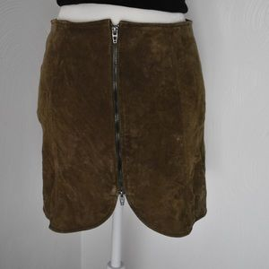 Blank NYC suede skirt 27